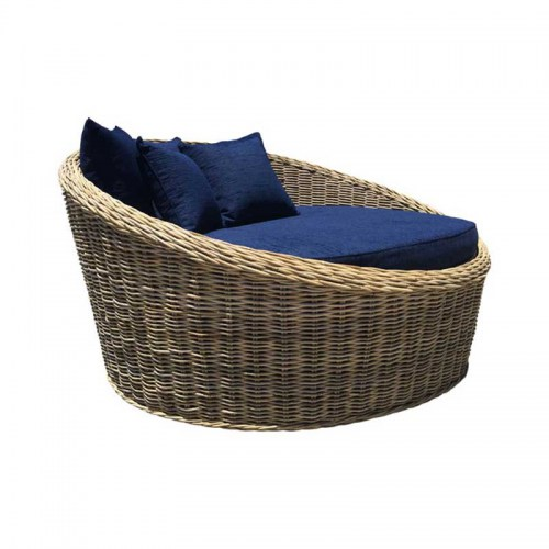 LOVE SEAT DAY BED